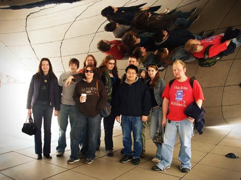 Group of Visual Communications Students in front of the metal bean in Chicago